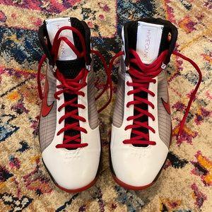 Men's Nike Sneakers • Size 13